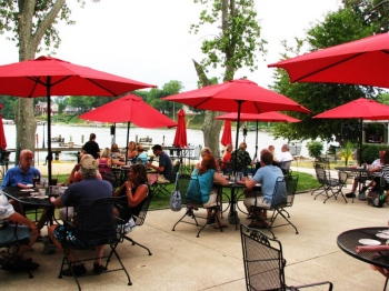 The Waterfront Restaurant Coloma Michigan Dining On Paw Lake