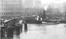 SS Eastland capsized in the Chicago River - 1915